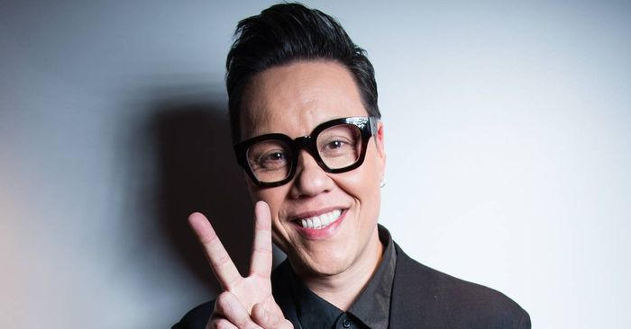 Gok Wan on Boobs, Bums, Waist Belts and Ankle Boots With Skinny Jeans